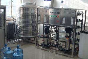 灌装纯净水设备