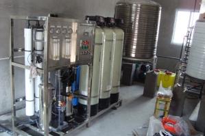 净化水设备安装现场
